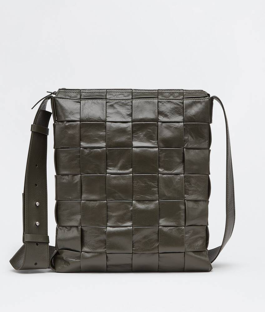 Display a large version of the product image 1 - messenger bag