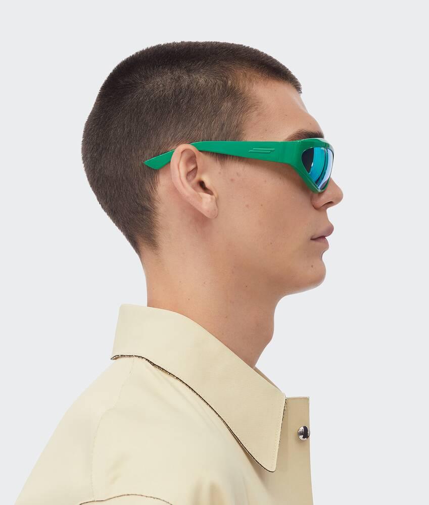 제품 이미지 더 크게 해서 보기 4 - 선글라스