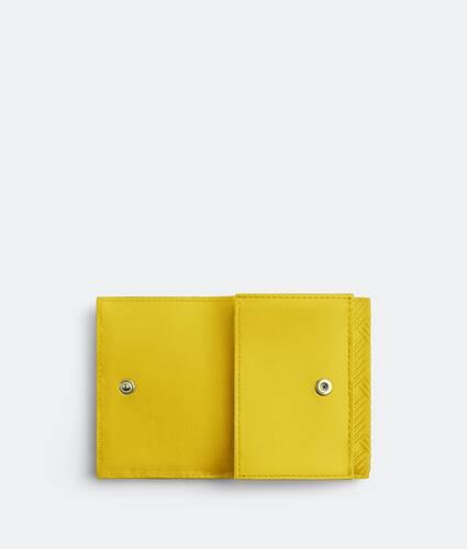 tri-fold flap wallet