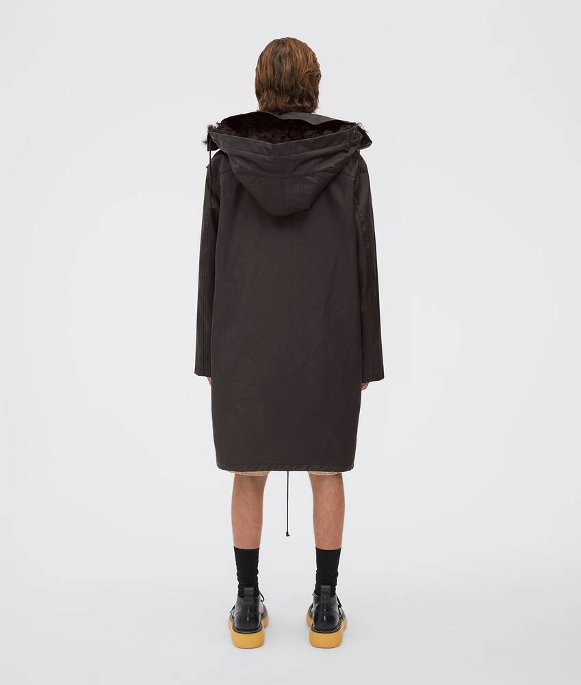 Display a large version of the product image 2 - parka
