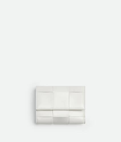 small tri-fold zip wallet
