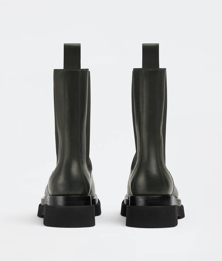 Display a large version of the product image 3 - lug boots