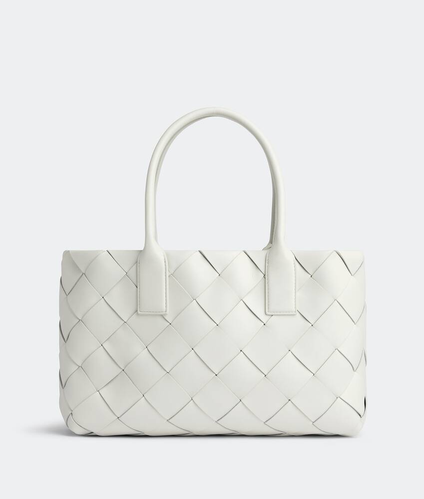 Display a large version of the product image 1 - maxi cabat tote