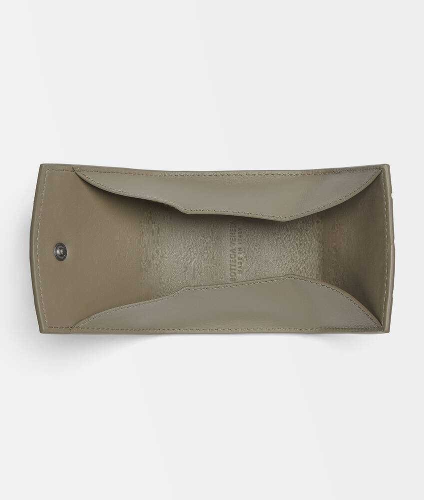 Display a large version of the product image 3 - folded coin purse