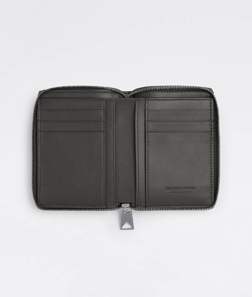 Display a large version of the product image 2 - zip-around wallet
