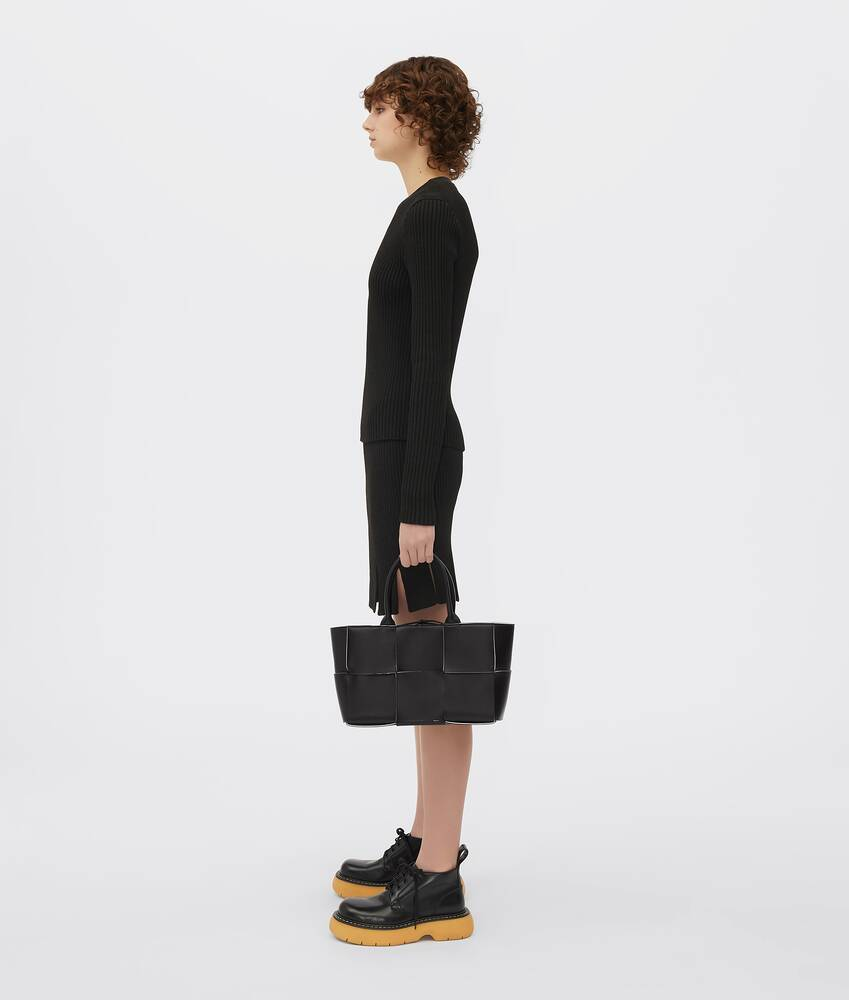 Display a large version of the product image 4 - arco tote