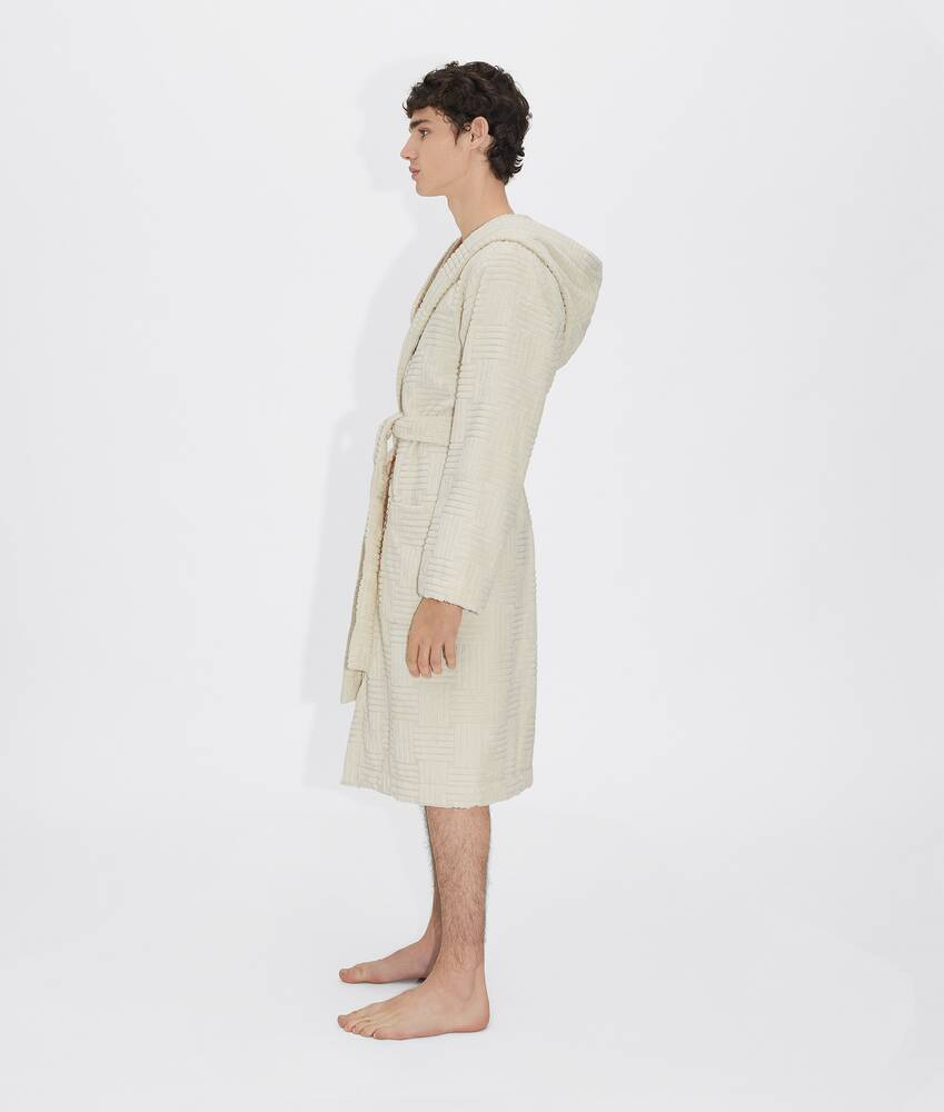 Display a large version of the product image 3 - bathrobe