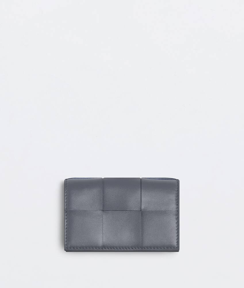 Display a large version of the product image 1 - business card case