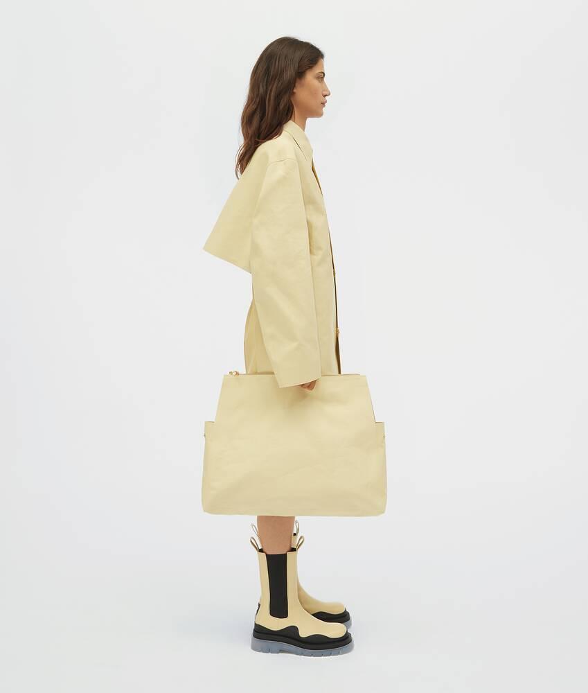 Afficher une grande image du produit 5 - veste