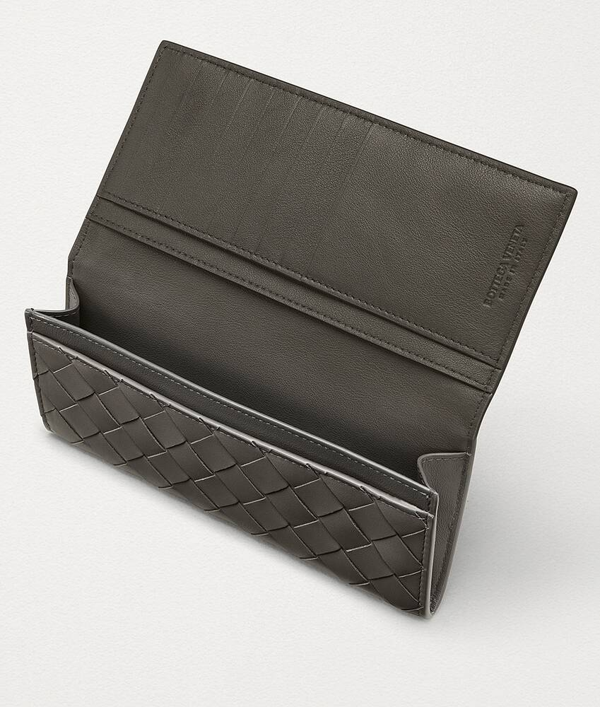Display a large version of the product image 3 - continental wallet