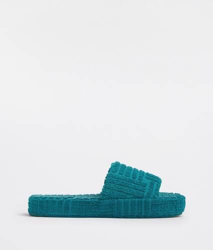 resort sponge
