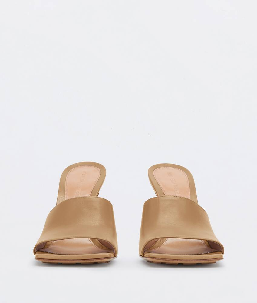 Display a large version of the product image 3 - stretch sandals