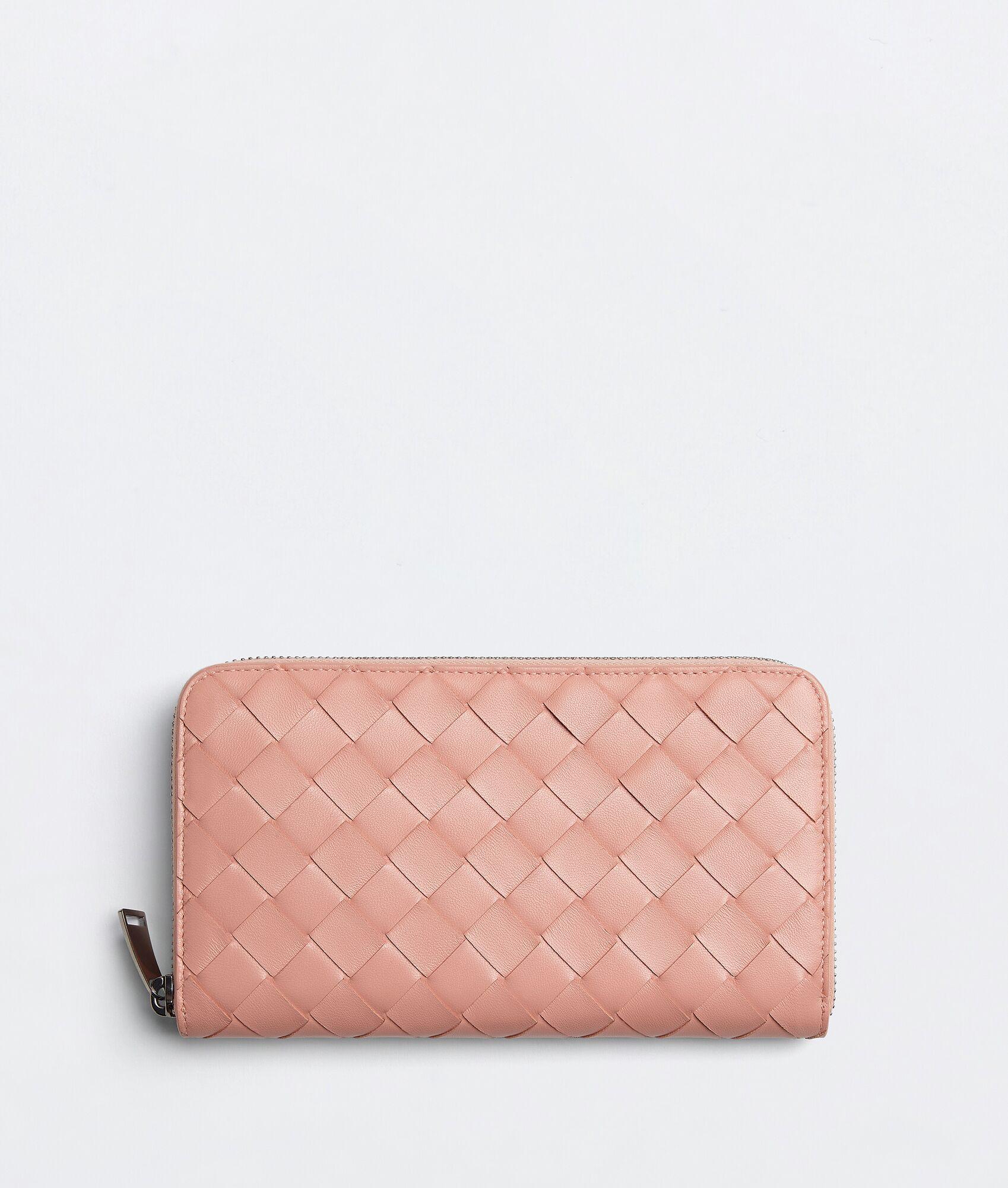 ボッテガヴェネタの人気レディース財布ラウンドファスナー