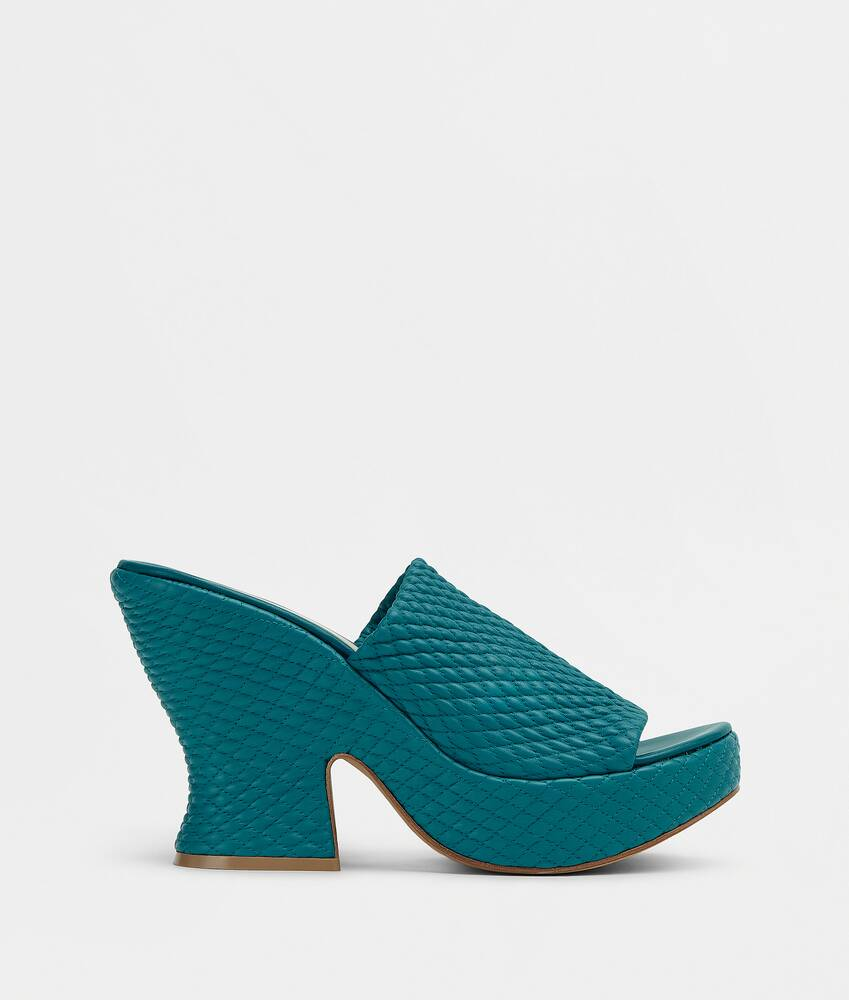 Display a large version of the product image 1 - wedge mules