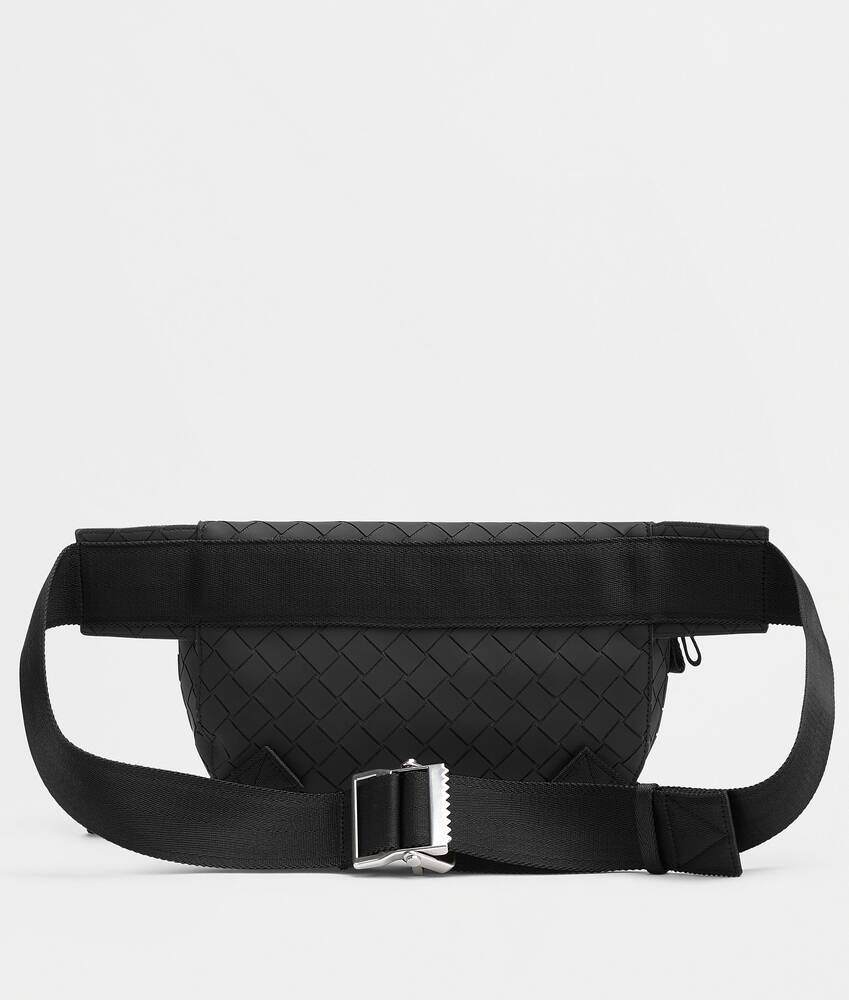 Display a large version of the product image 4 - belt bag
