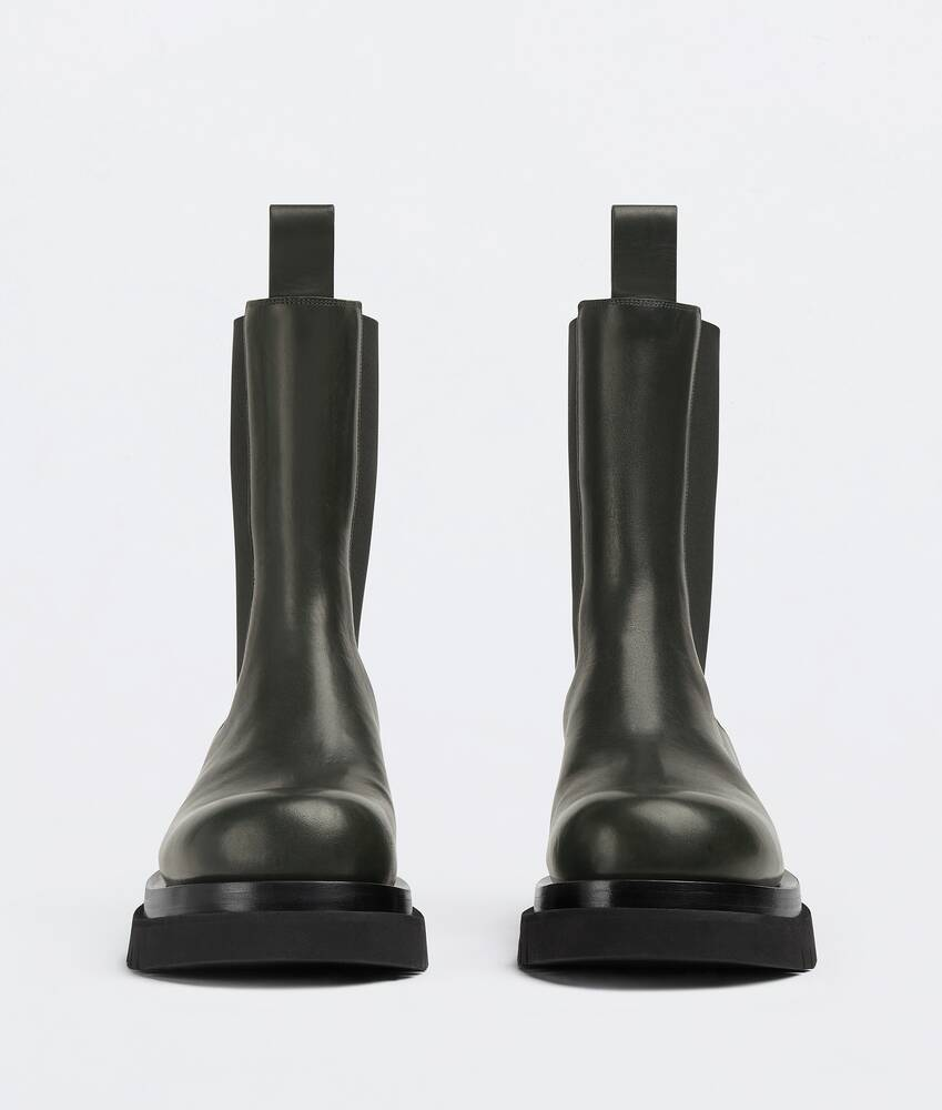 Display a large version of the product image 2 - lug boots