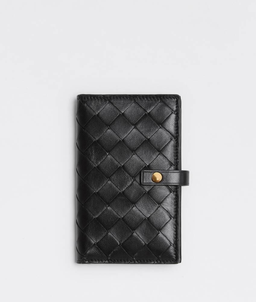 Display a large version of the product image 1 - medium bi-fold zip wallet