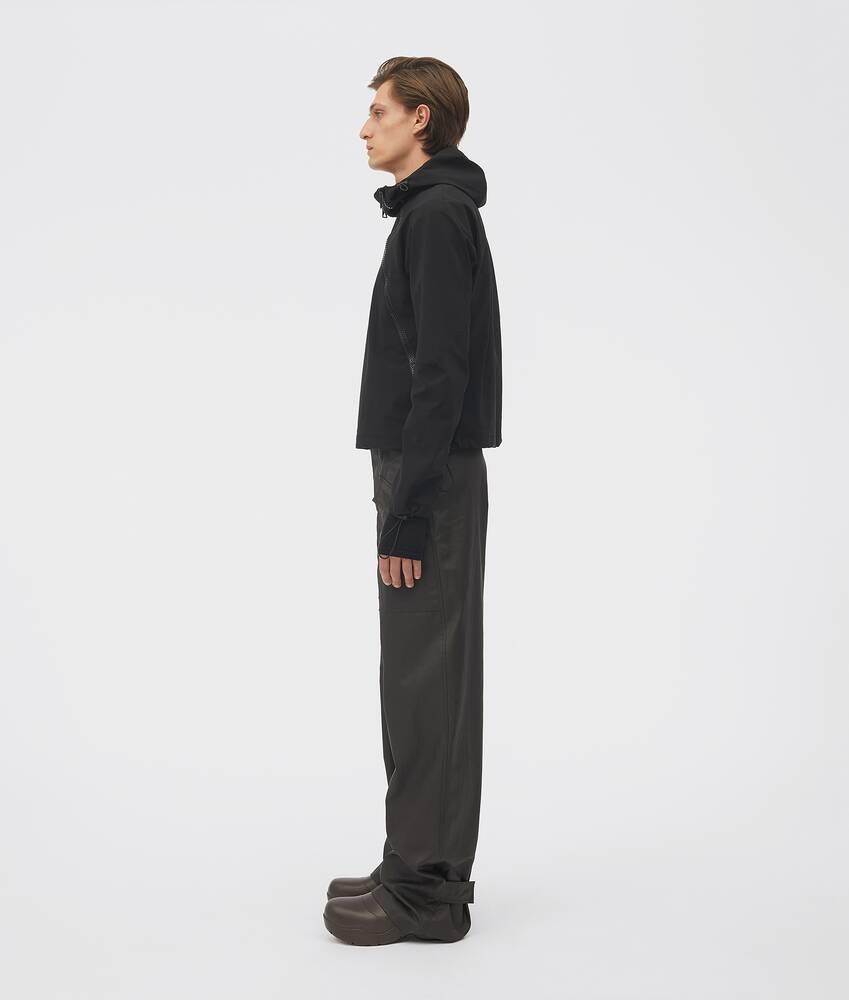 Visualizza una versione ingrandita dell'immagine del prodotto 4 - giacca