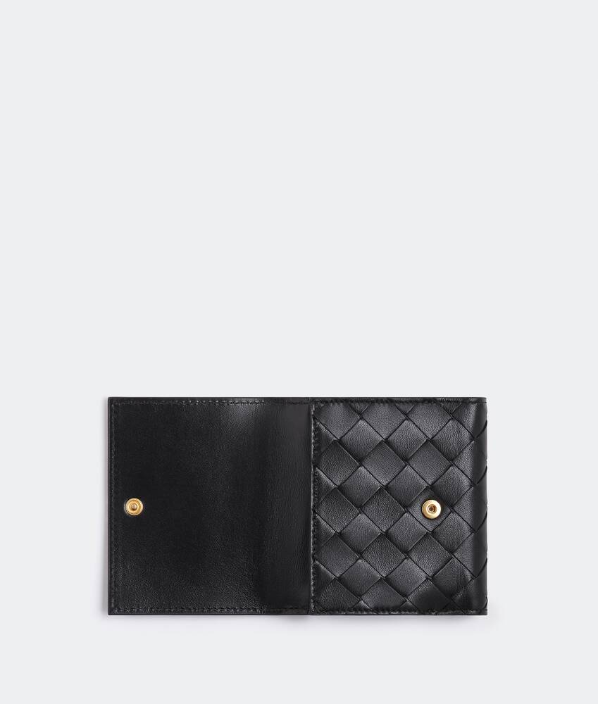 Display a large version of the product image 4 - bi-fold flap wallet