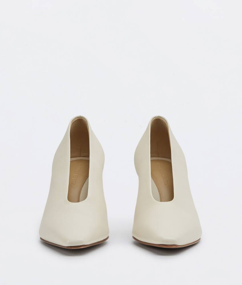 Display a large version of the product image 2 - almond pumps