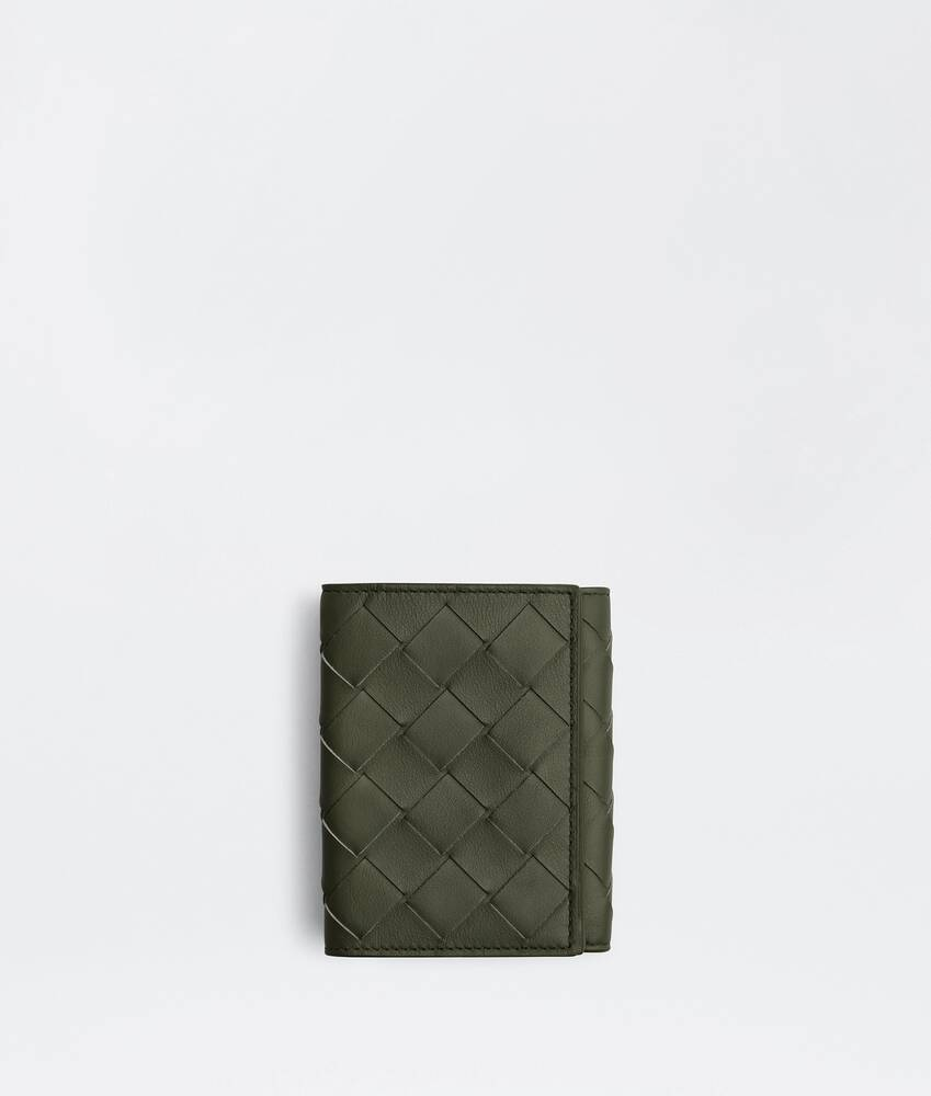 Display a large version of the product image 1 - tri-fold flap wallet