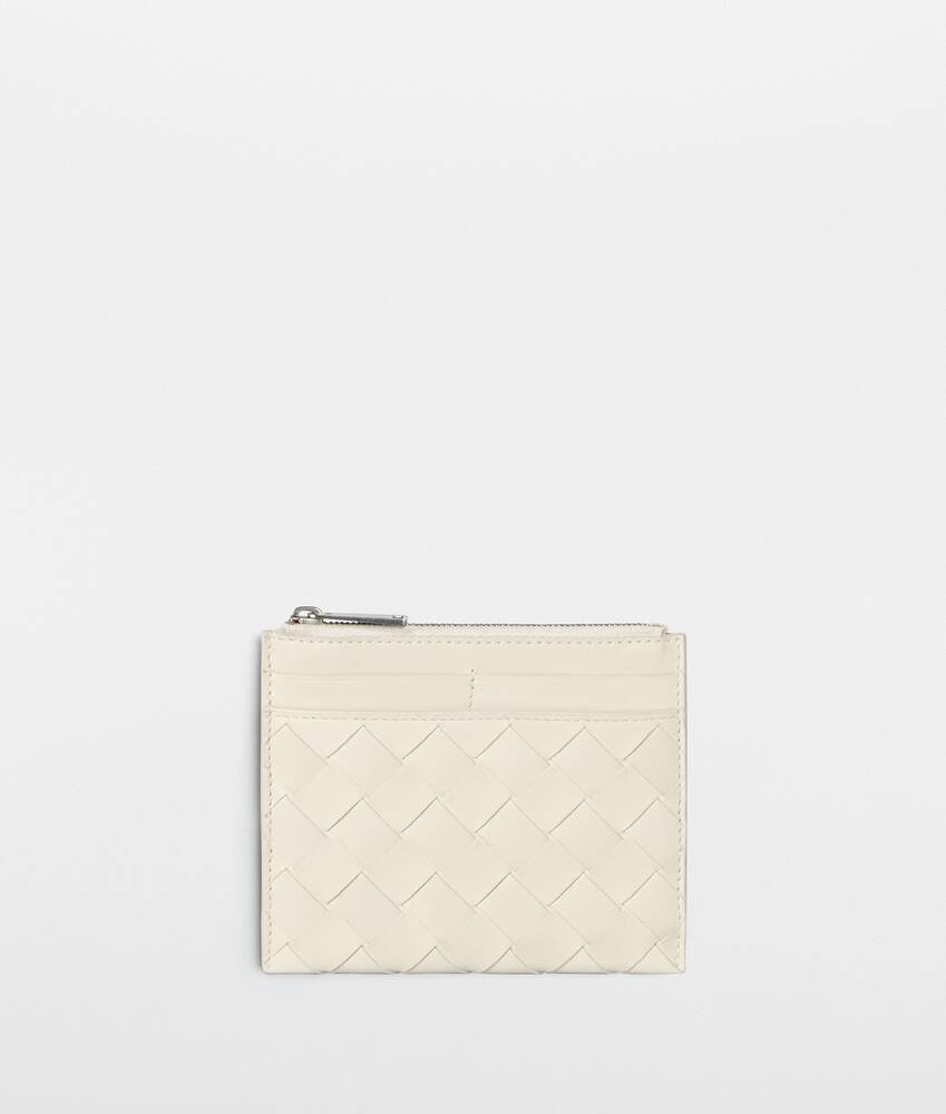 Display a large version of the product image 1 - zipped wallet