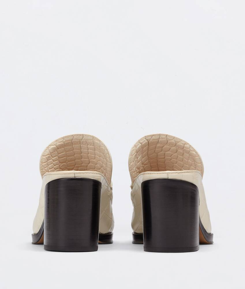 Display a large version of the product image 3 - mules