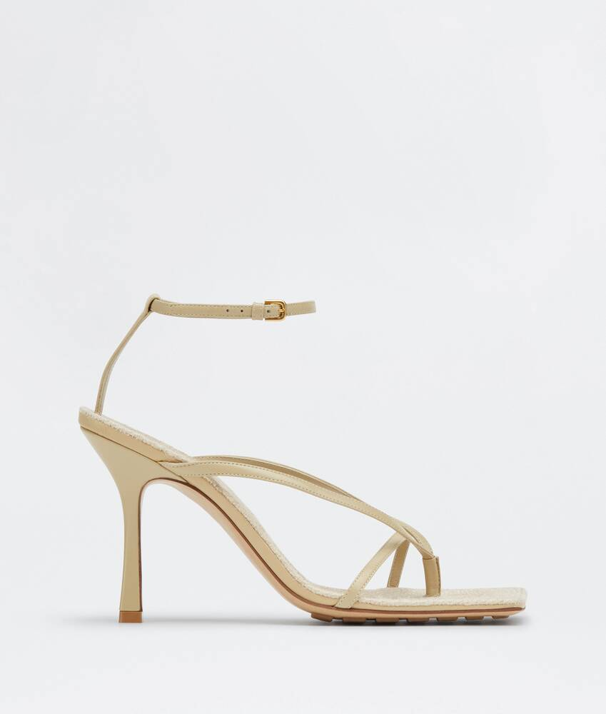 Display a large version of the product image 1 - stretch sandals
