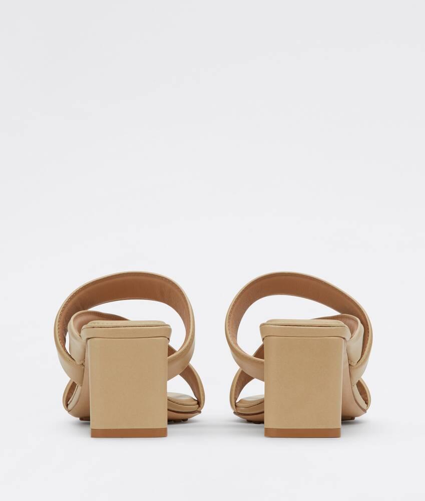 Ein größeres Bild des Produktes anzeigen 3 - band sandals