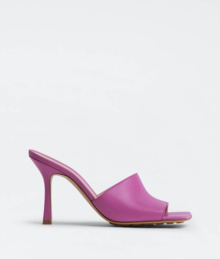 Display a large version of the product image 1 - stretch mules