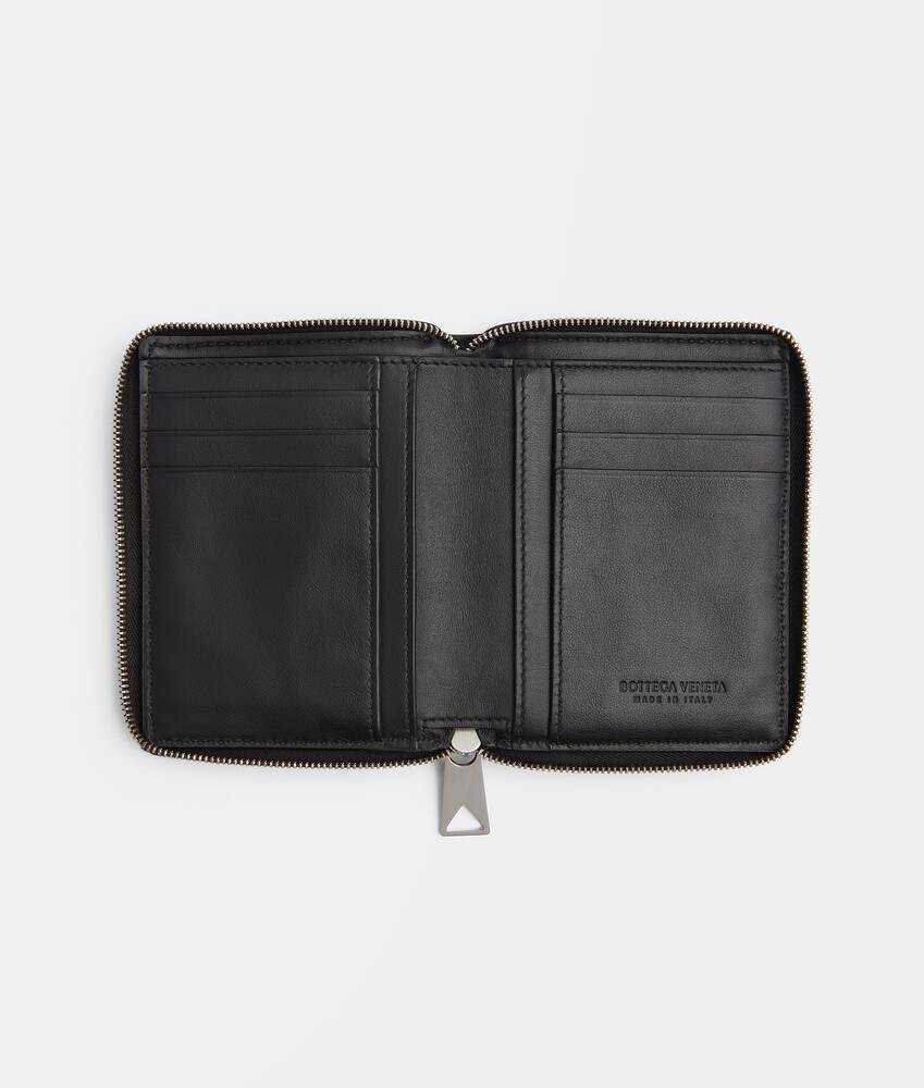 Display a large version of the product image 2 - zip around wallet