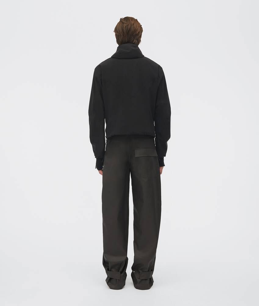 Visualizza una versione ingrandita dell'immagine del prodotto 3 - giacca