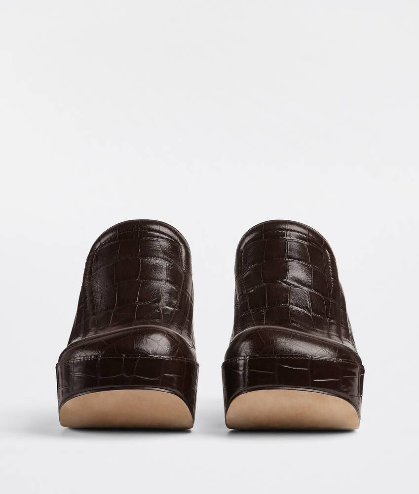 Display a large version of the product image 2 - wedge clogs