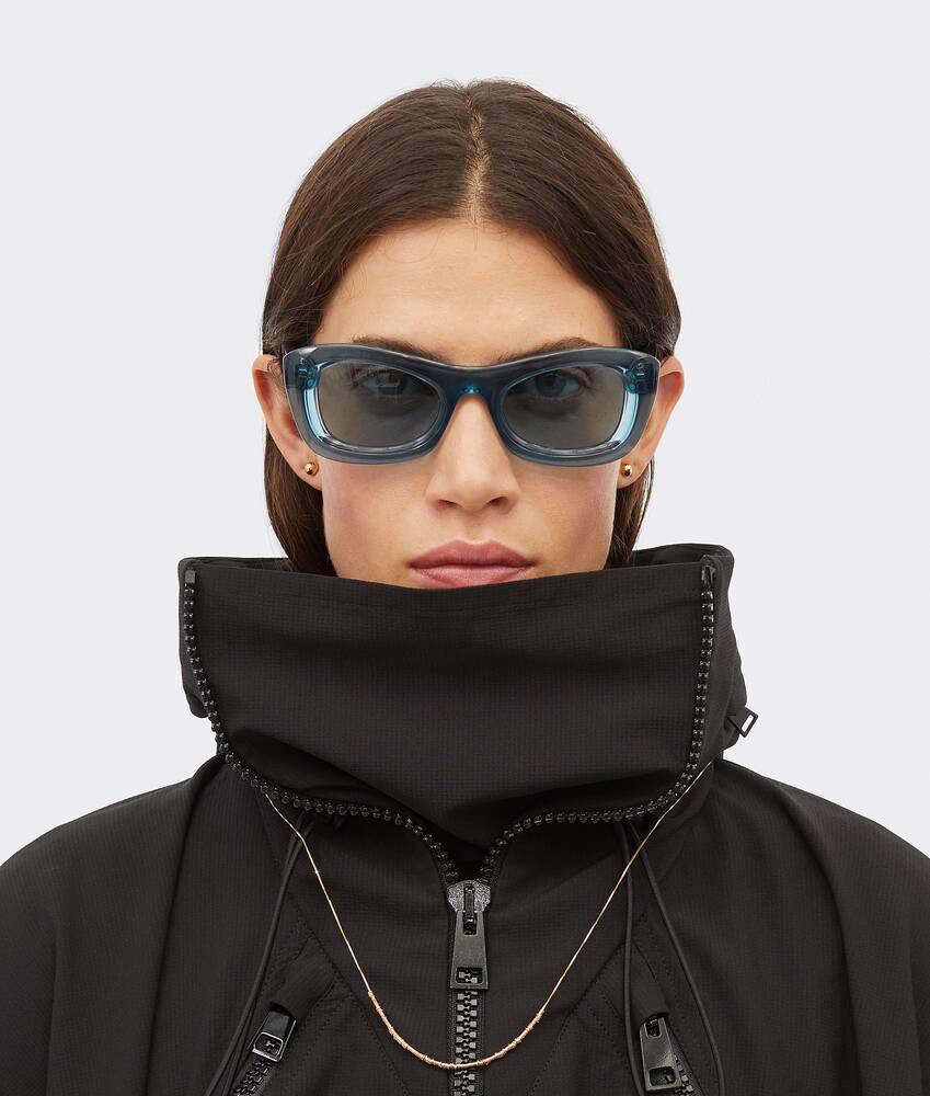 제품 이미지 더 크게 해서 보기 2 - 선글라스