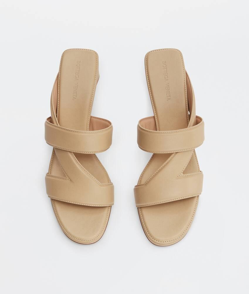 Ein größeres Bild des Produktes anzeigen 4 - band sandals