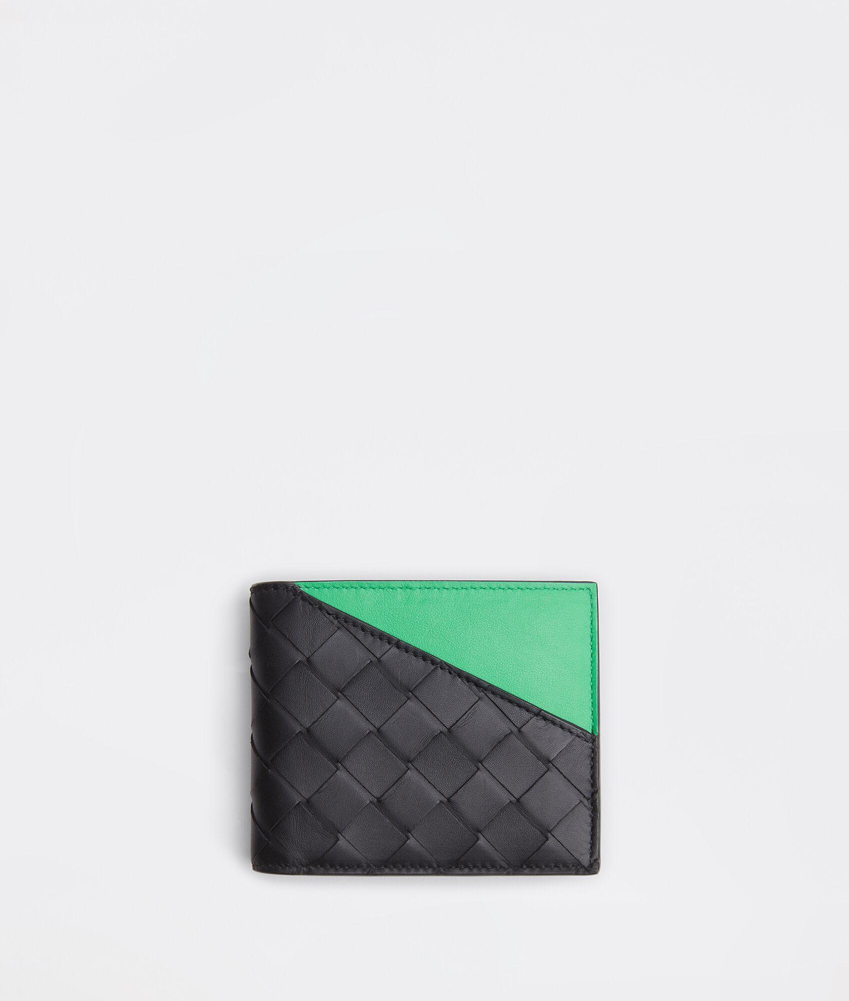 人気ブランドのメンズ財布のボッテガヴェネタ コインパース付き二つ折りウォレット