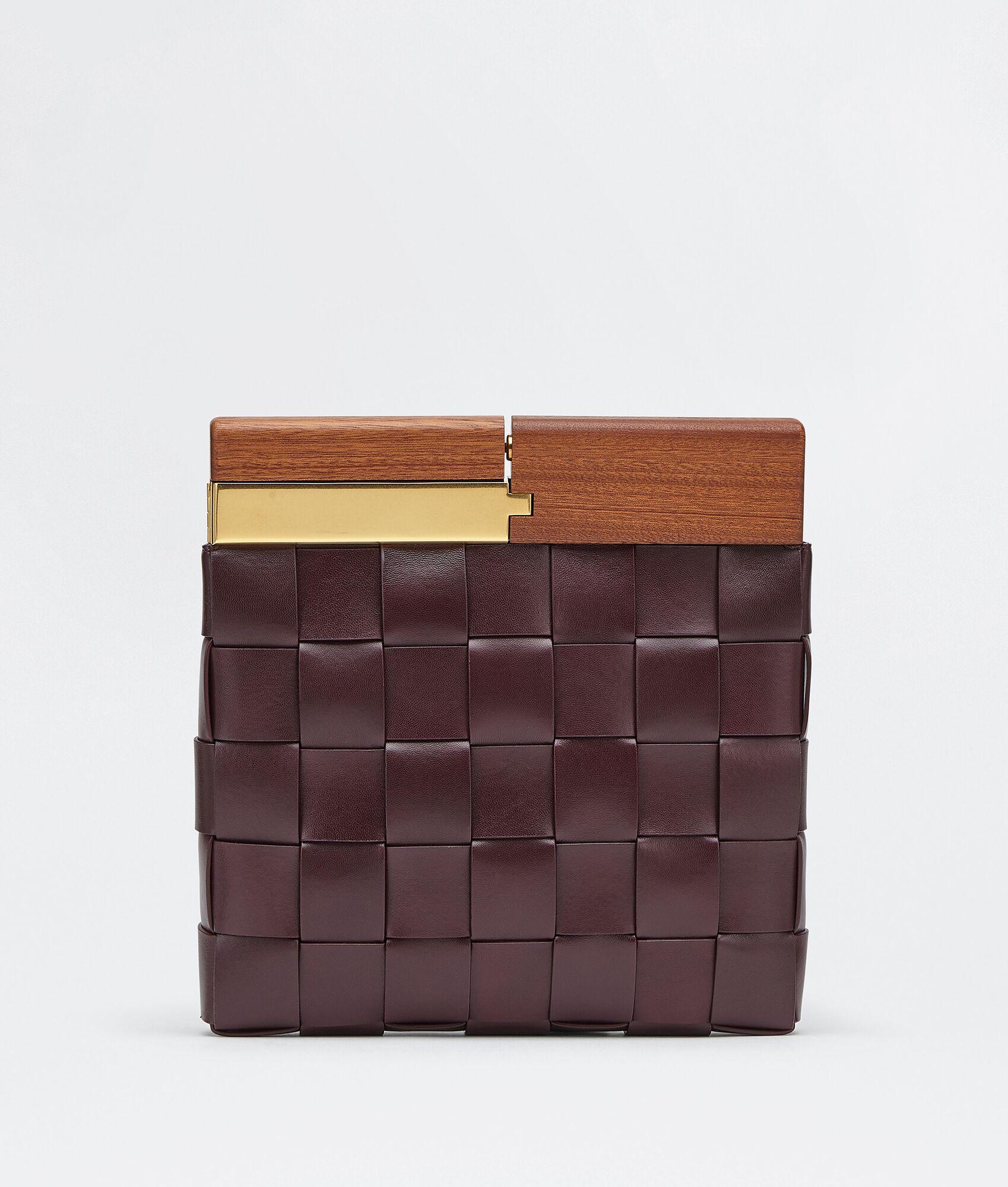 40代におすすめのボッテガヴェネタの財布