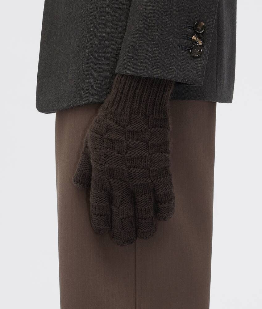 Display a large version of the product image 3 - gloves