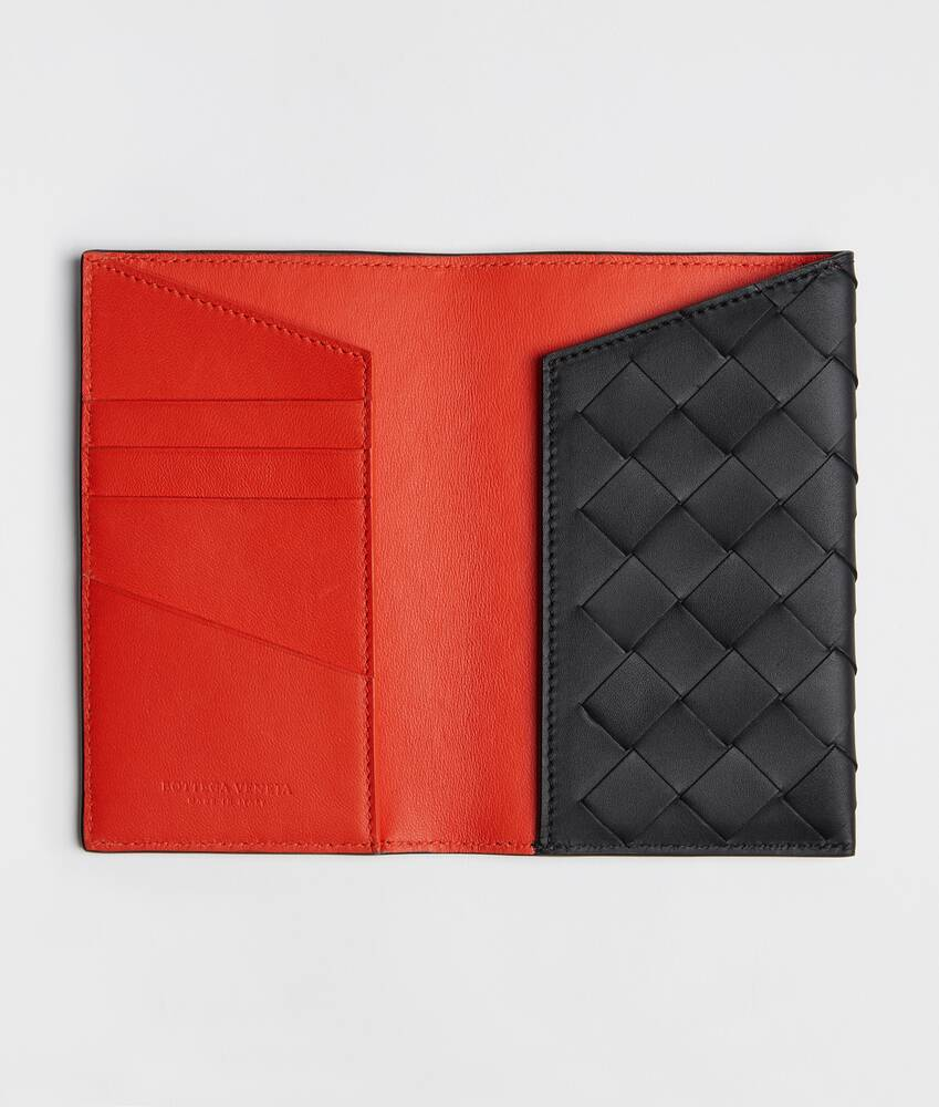 Display a large version of the product image 2 - passport holder